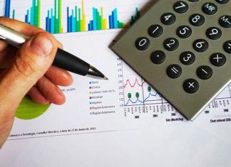 Jak obliczyć koszty kredytu hipotecznego? Jakie są dodatkowe opłaty kredytu na mieszkanie?